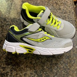 Saucony Cohesion 10 Sneakers